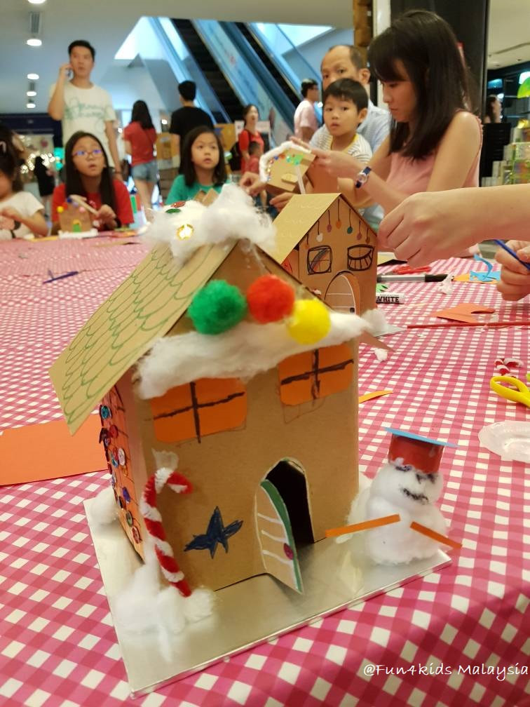 gingerbread house making activity