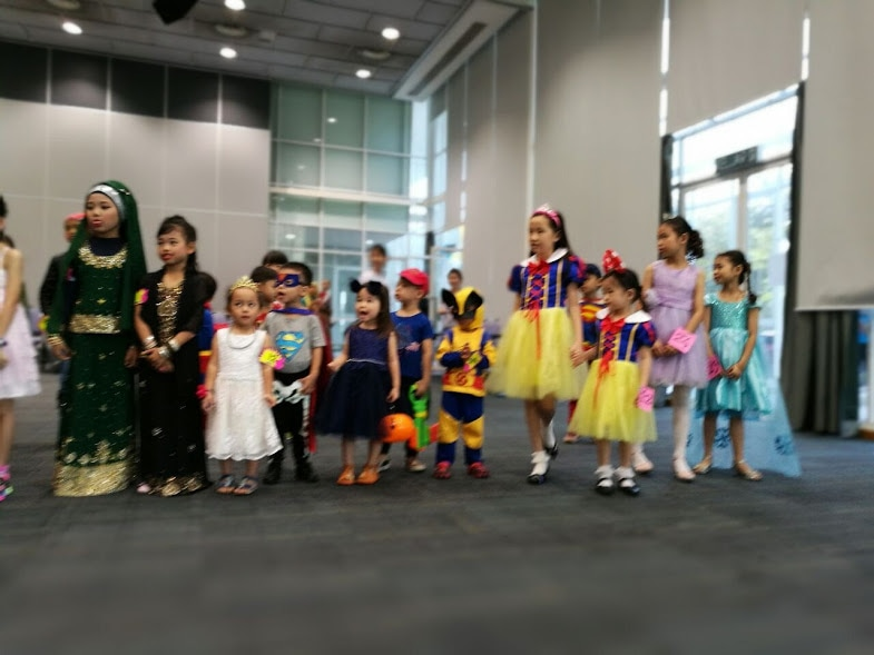 costume party kids activity